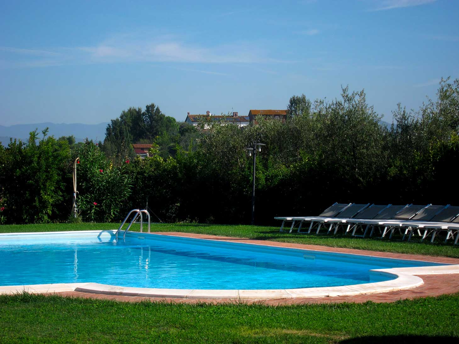 Agriturismo piscina firenze agriturismo piscina toscana for Piscina firenze